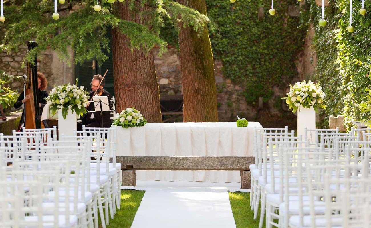 Celebrante Matrimonio Simbolico Varese : Villa per cerimonie civili ufficiali a varese